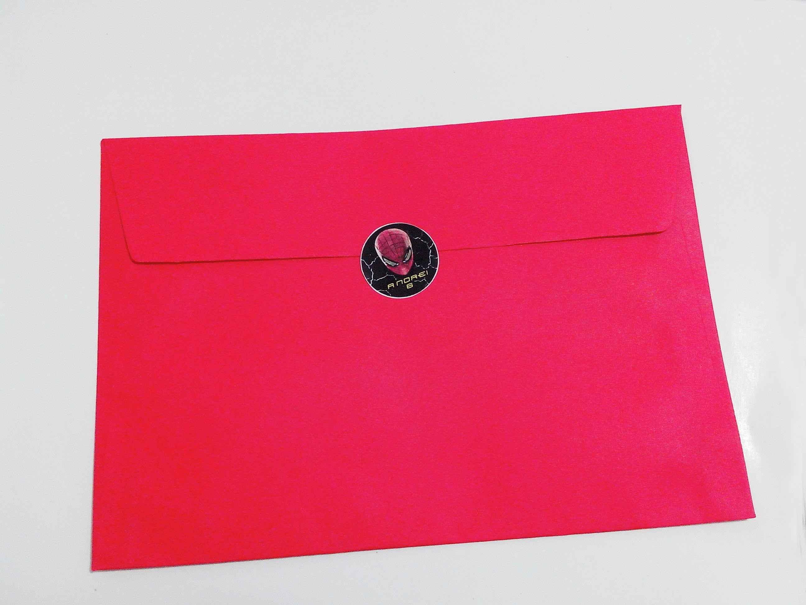 Envelope com fechamentos adesivo personalizado