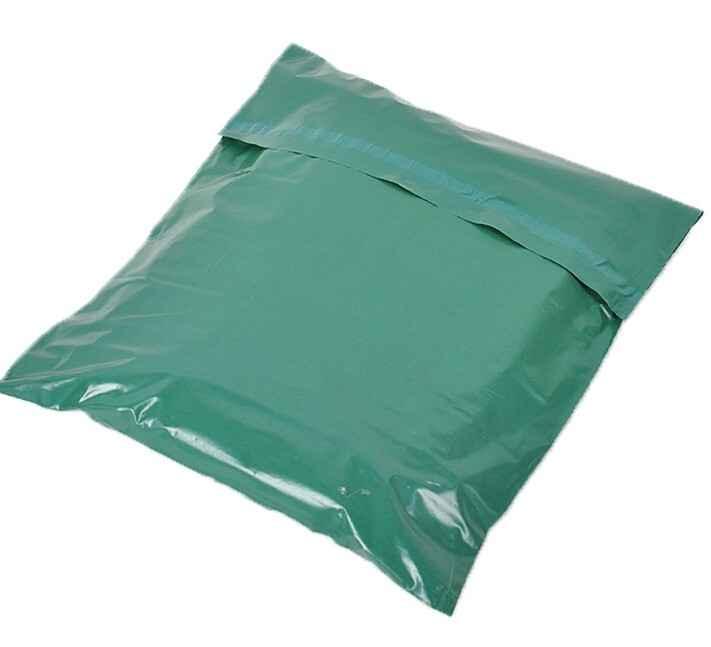Envelope com fita adesivada