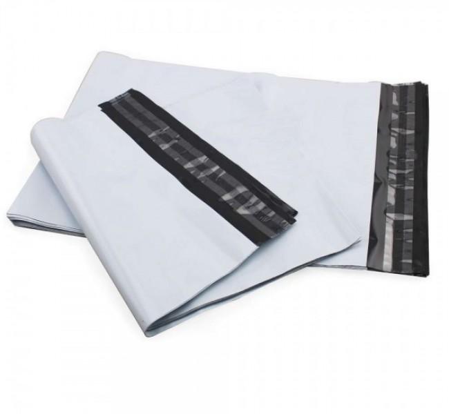 Envelope de plástico branco