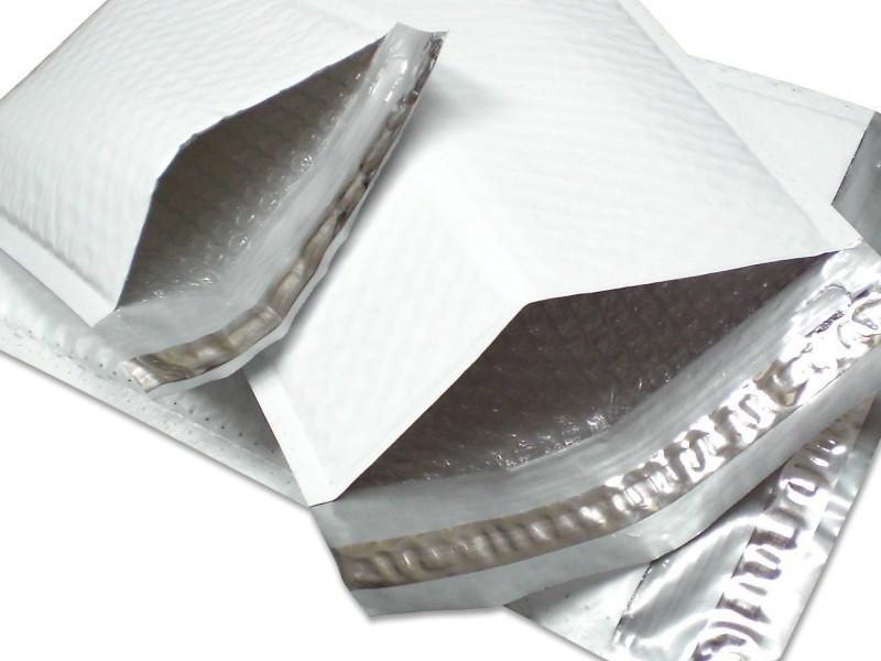 Envelope de plástico com aba adesiva liso