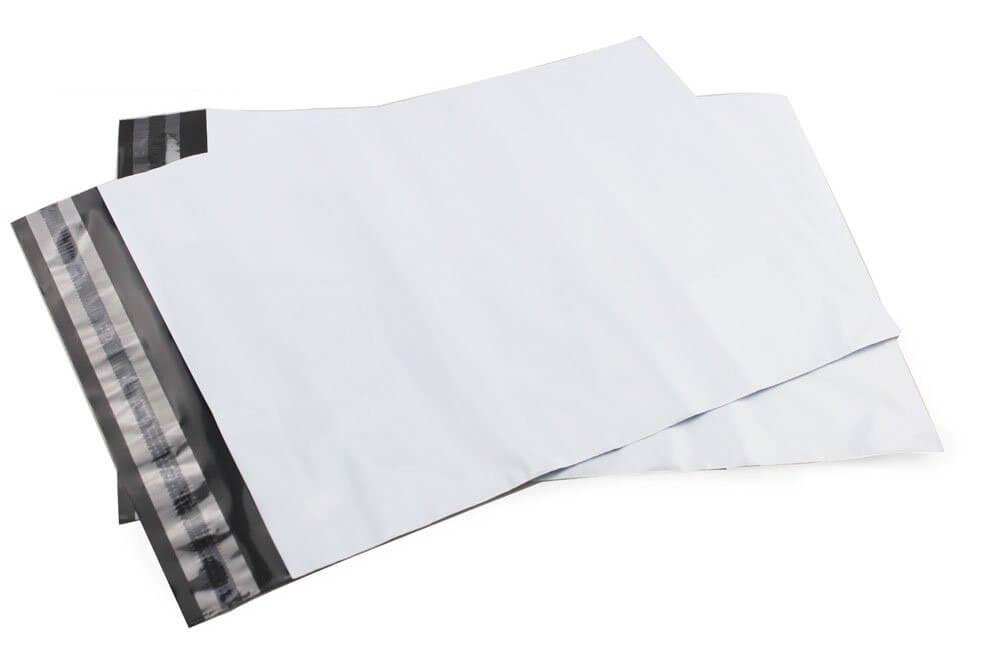 Envelope em plástico de correio