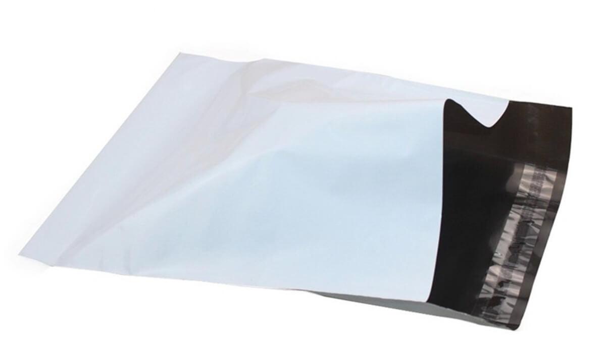 Envelope flexível com aba