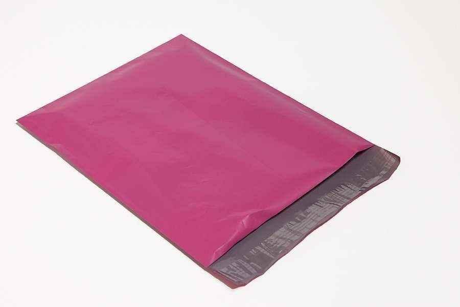 Envelope plástico com aba adesivada
