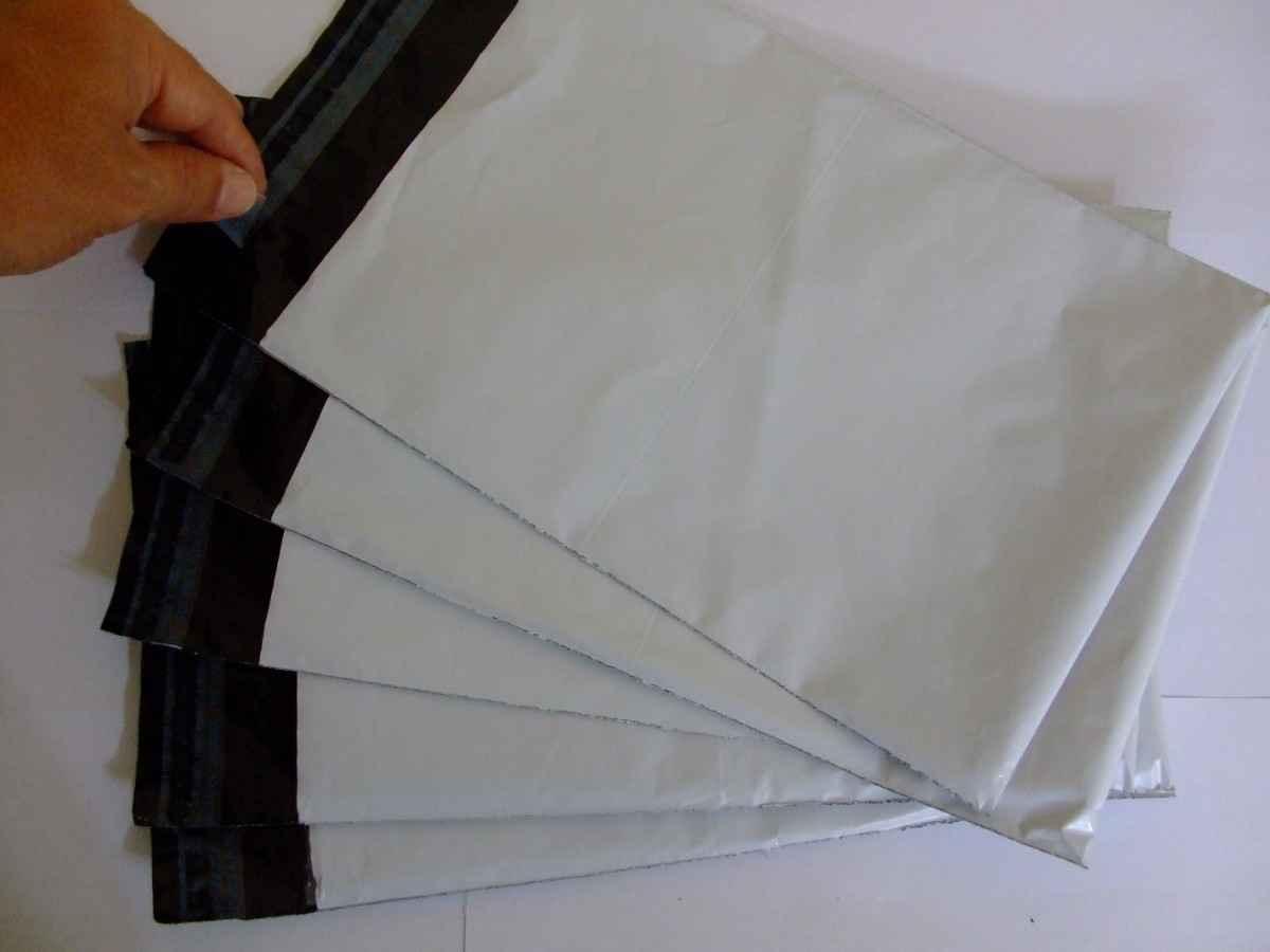 Envelope plástico de segurança com lacres