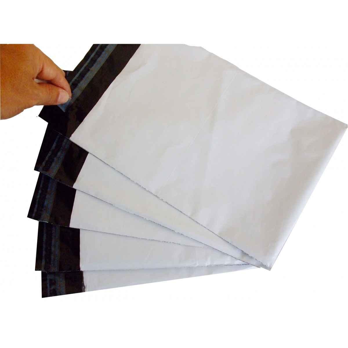 Envelope saco branco com lacre adesivo